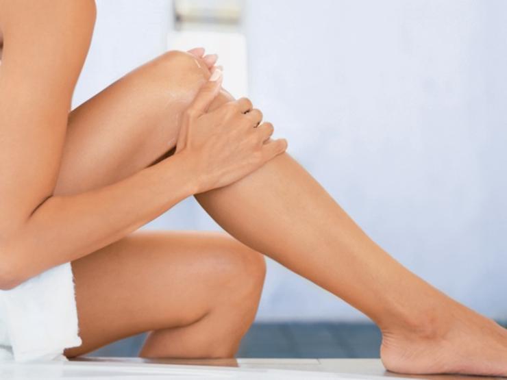 legs-shave, Aloe Vera Gel